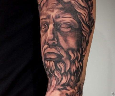 Black and Grey Zeus | Electric Fresco Tattoos PDX